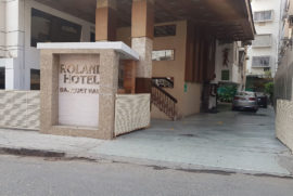 roland-hotel-driveway2