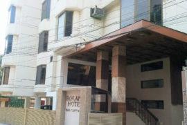 roland-hotel-facade1
