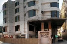roland-hotel-facade2