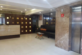 roland-hotel-reception1
