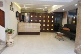 roland-hotel-reception2