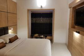 roland-hotel-standard-room12