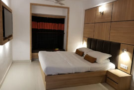 roland-hotel-standard-room3