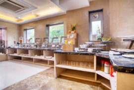 Roland Hotel Breakfast