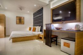 Roland Hotel Suit Room